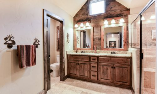 4BV-Master Bathroom