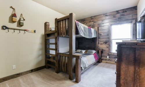 4BV-guest room #2 - bunks
