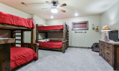 6BV-guest room #4 bunk room (2)