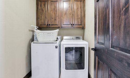 6BV-laundry room