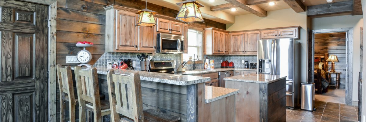 7BL-kitchen and bar