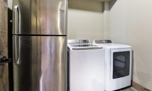 7BL-laundry room