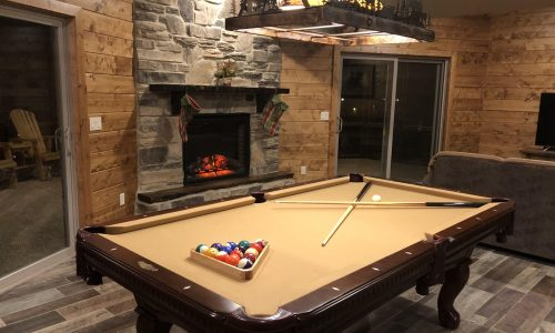 8BL-pool table