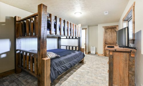 OldMill-Guest room #4 bunks
