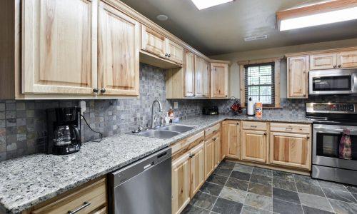 OldMill-kitchen 2