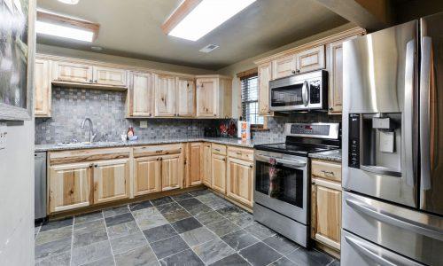 OldMill-kitchen